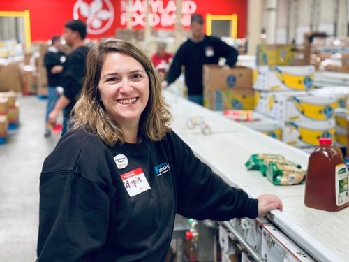 Stephanie Menaker volunteered at Maryland Food Bank