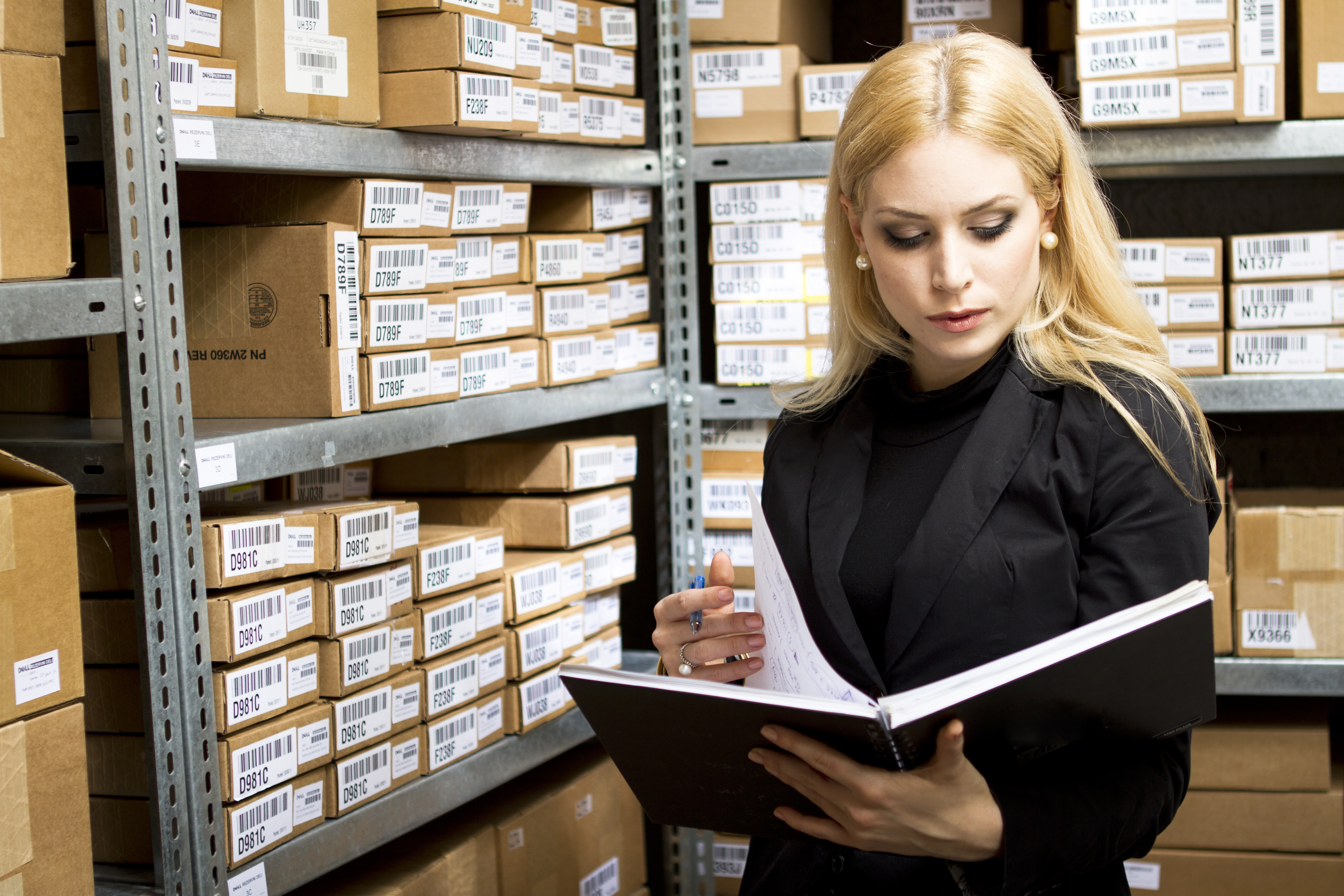 4 Steps to Better Inventory Management for Manufacturers and Distributors