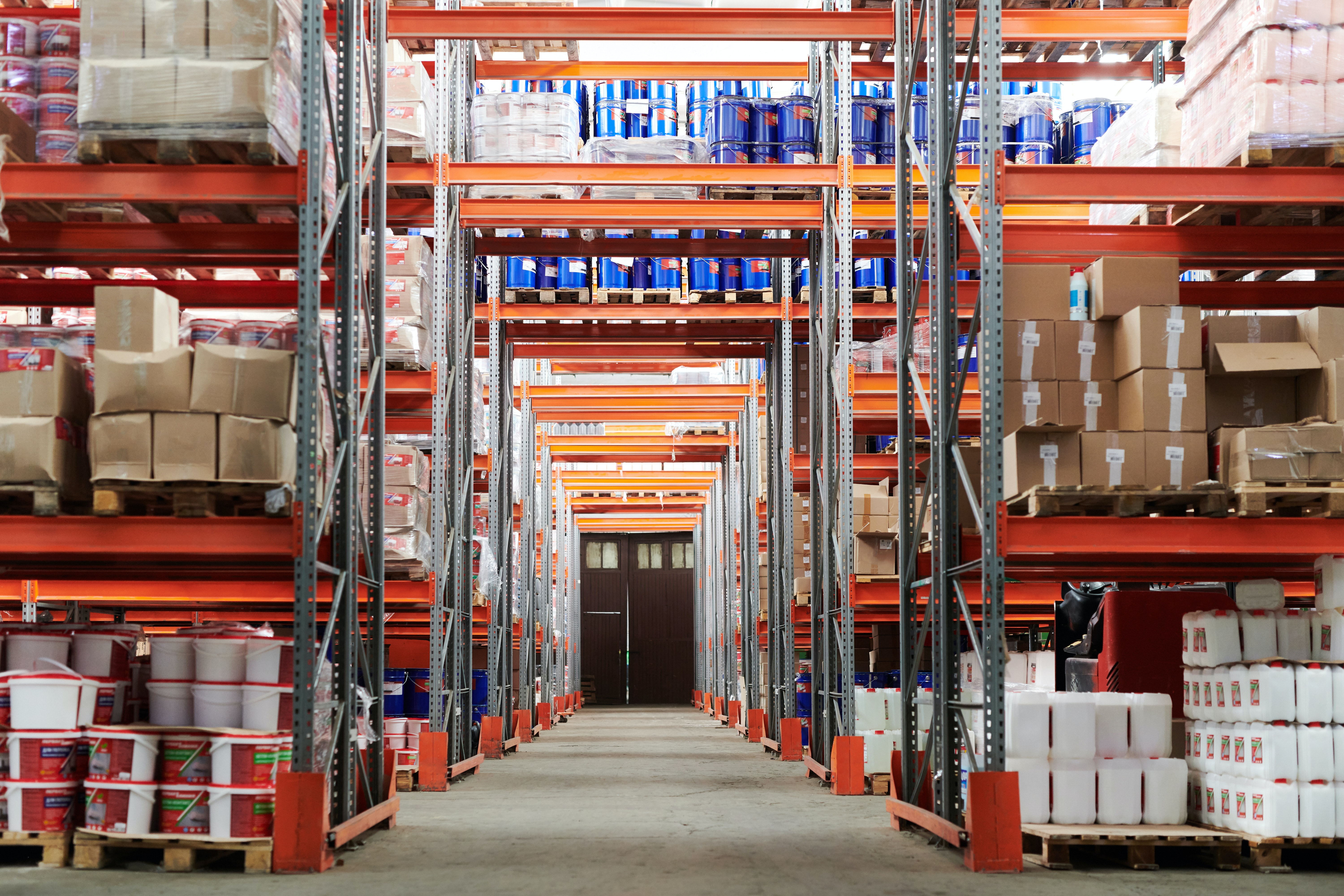How to Optimize Inventory Levels and Ensure Product Availability